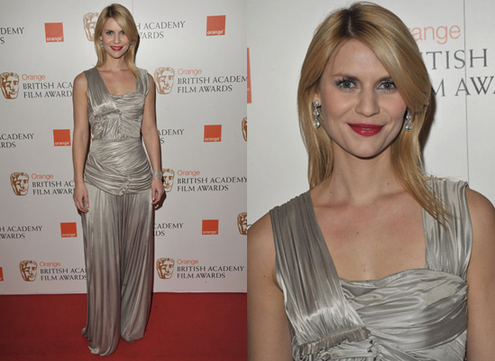 Photos of Claire Danes at the 2010 BAFTA Awards 2010-02-21 11:42:20