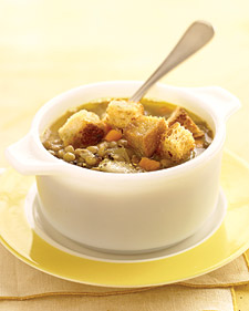 Vegetarian Lentil Soup With Croutons