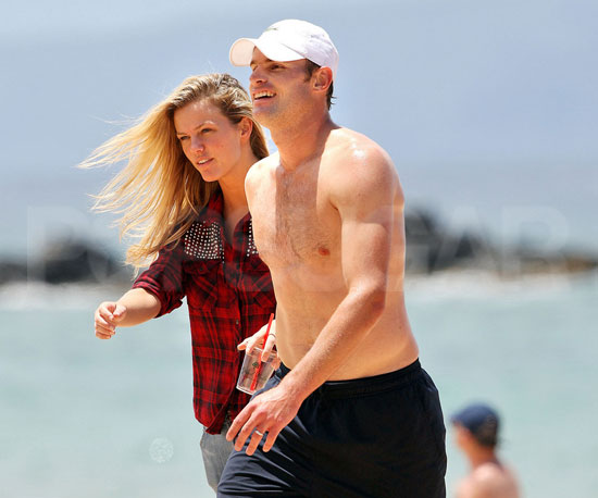 Slide Picture of Andy Roddick and Brooklyn Decker on Beach in Hawaii