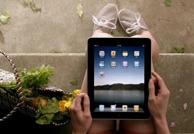 New iPad Ad Looks Like the Old Newton Ads