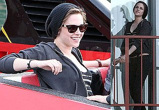 Pictures of Kristen Stewart and Taylor Lautner in Australia 2010-05-30 11:50:55