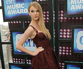 Slide Picture of Taylor Swift at the CMT Music Awards