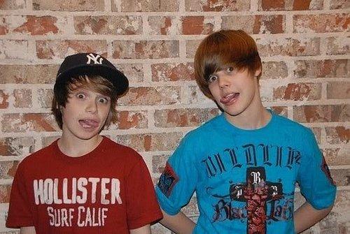Justin Bieber ou Cristian Beadles qual deles é o mais gato???_???!