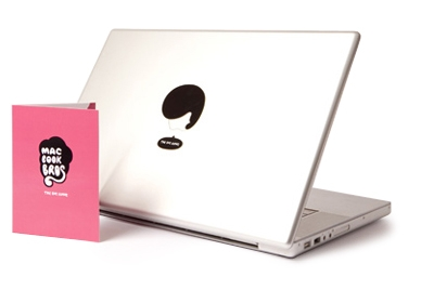 Photos of the MacBook Bros and Mos