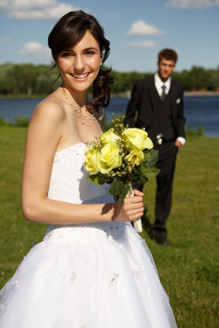 How to Look Good in Wedding Photos 2010-06-24 06:00:11
