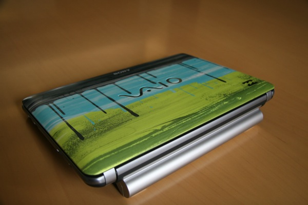Photos of the Sony Vaio W Imperial Lime Edition