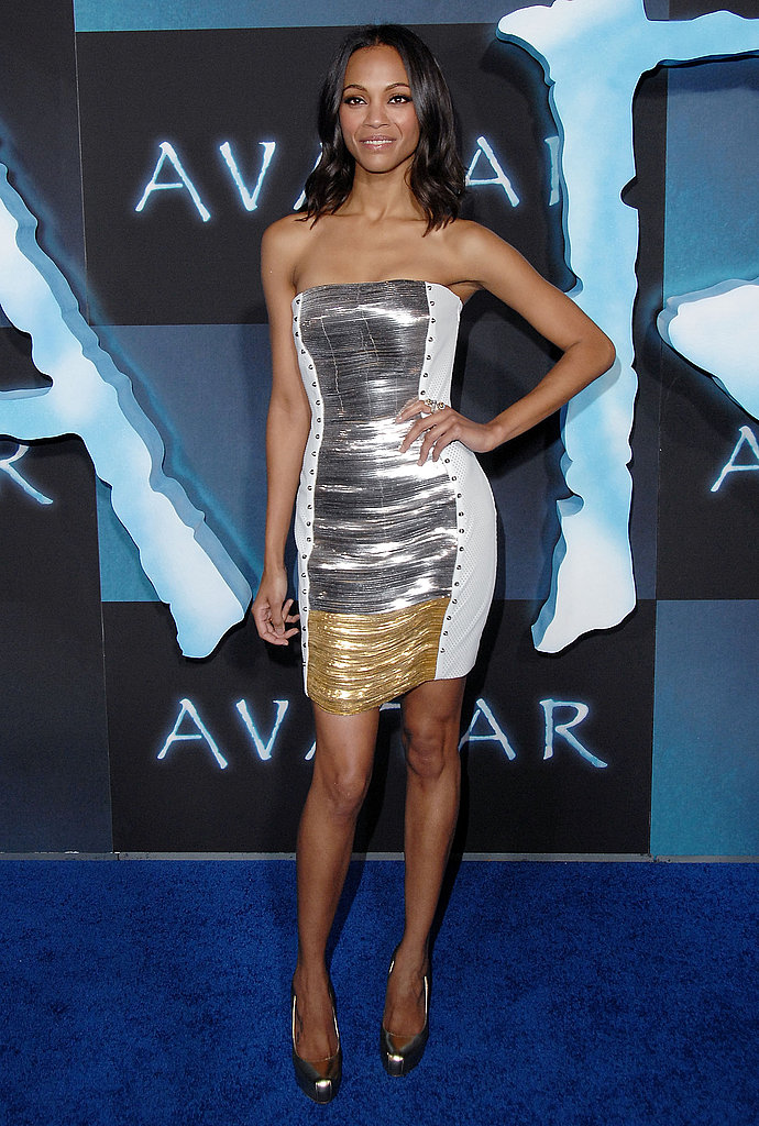 Zoe wore a two-toned Versace at the Avatar premiere in LA.