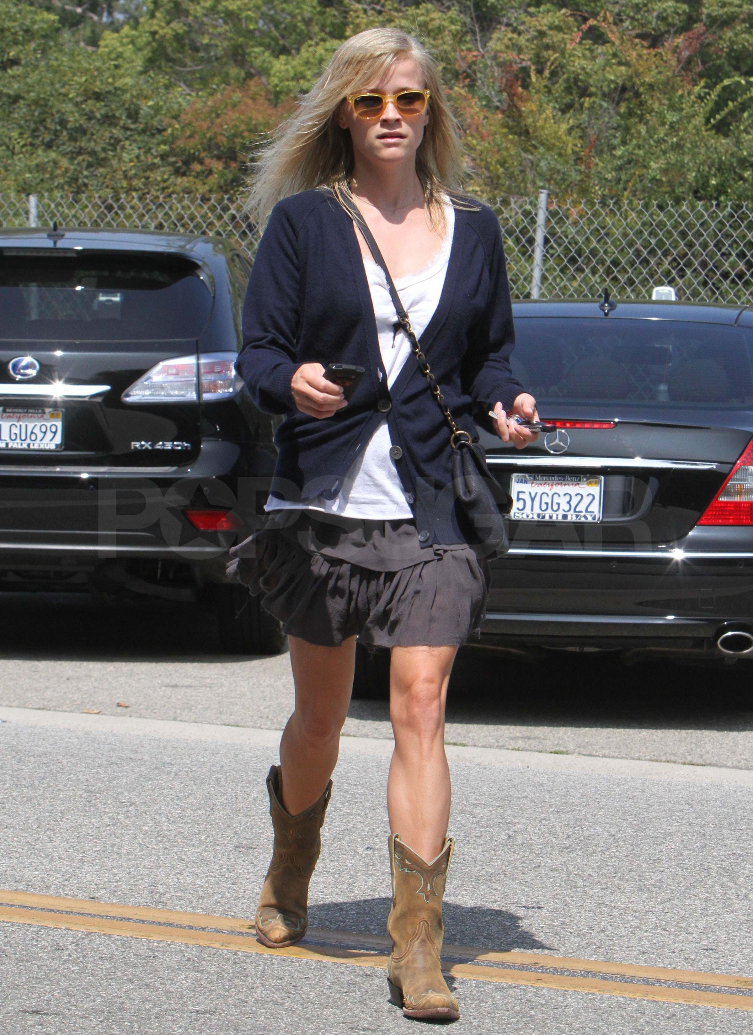 Pictures of Reese Witherspoon Wearing Cowboy Boots in LA ...