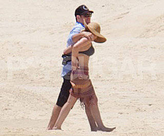 Slide Picture of Hilary Duff and Mike Comrie on Honeymoon in Mexico