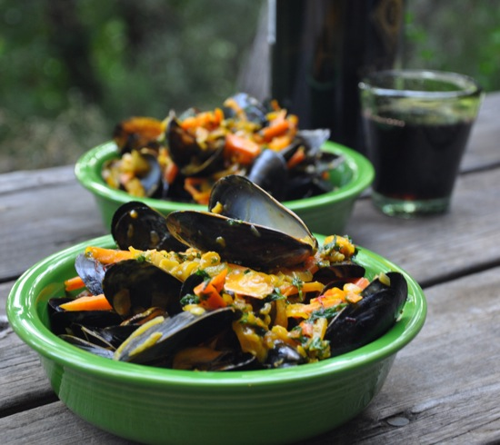 Mussels in Saffron Cream Sauce