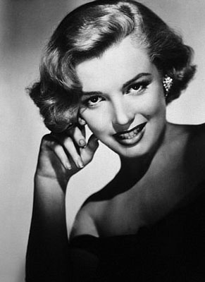 Marilyn Monroe Named Greatest Blonde of All Time 2010-08-25 13:00:24