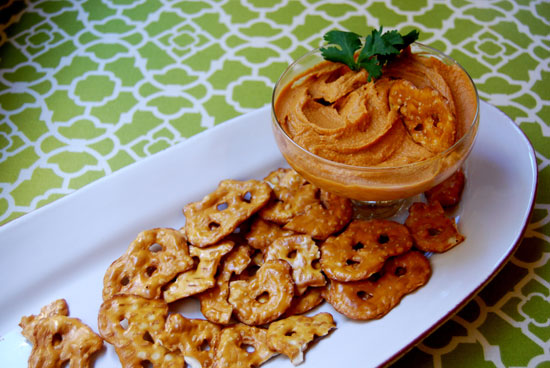 Easy Recipe For Spicy Chipotle Hummus | POPSUGAR Fitness