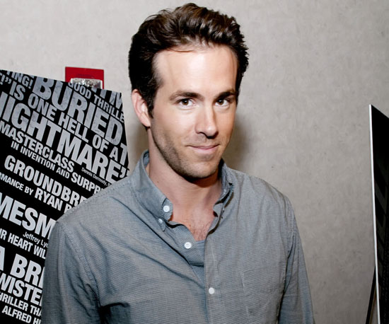 Slide Picture of Ryan Reynolds at the Premiere of Buried in Chicago