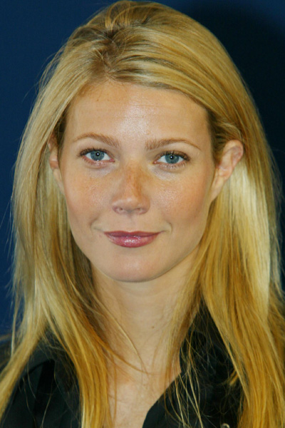 September 2002: Press Conference in France