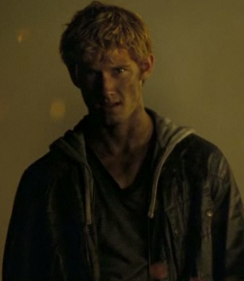 I Am Number Four Teaser Trailer Video Starring Alex Pettyfer and Dianna Agron 2010-09-29 11:30:41