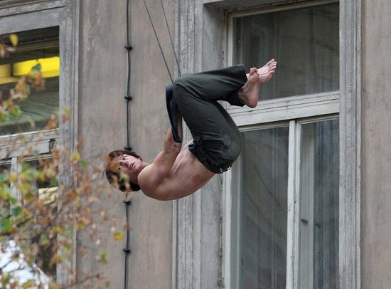Pictures of Tom Cruise Shirtless Doing His Own Stunts on the Prague Set of Mission Impossible 4
