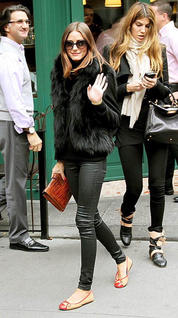 In this luxurious-cum-casual ensemble, it's easy to see why we have such a crush on Olivia Palermo!