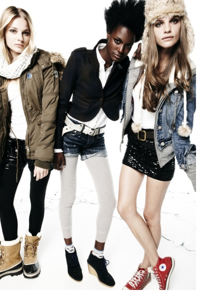 American Eagle's Casual Cool Clothes Get a Holiday Kick!