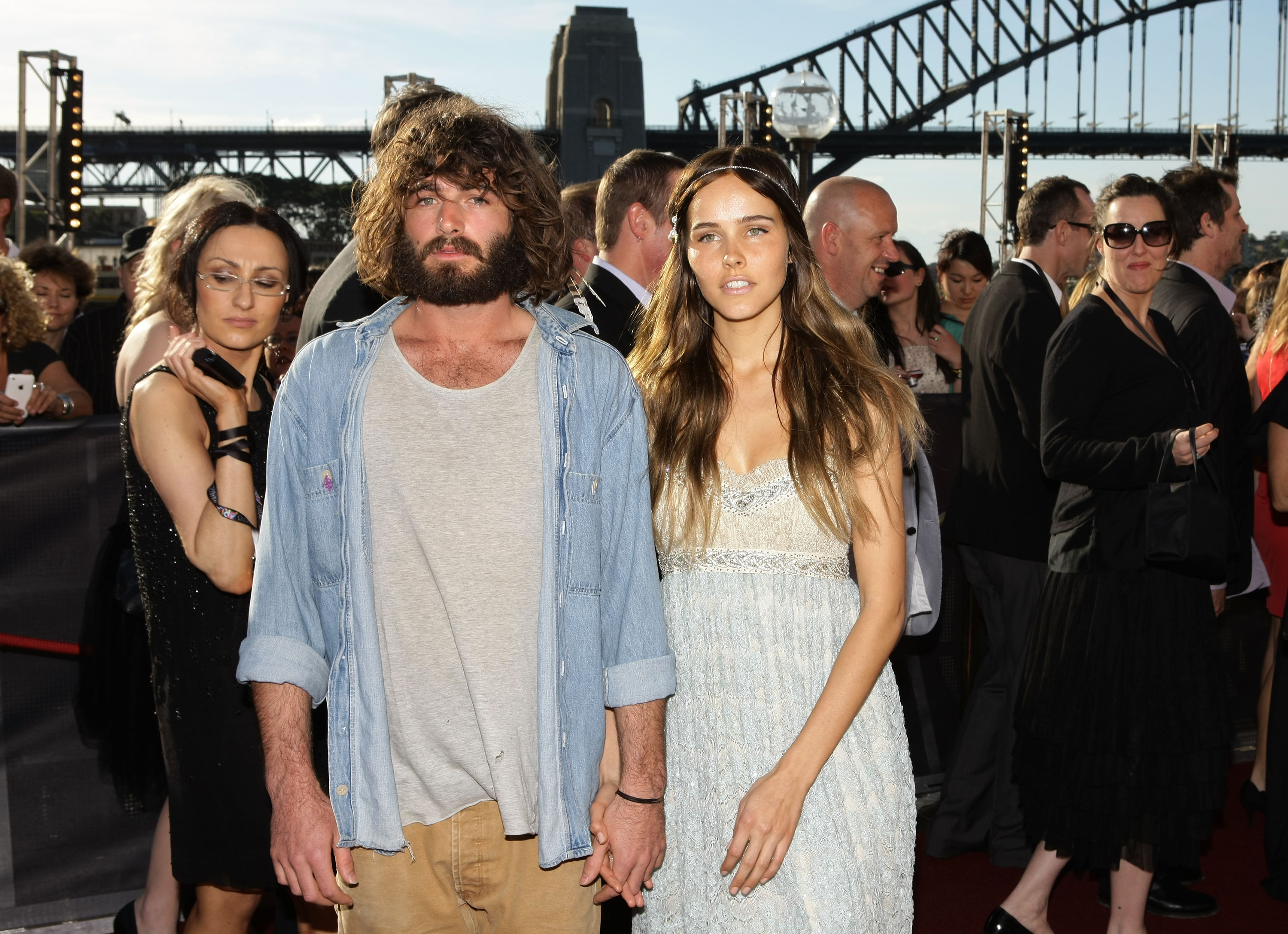 Angus Stone and Isabel Lucas
