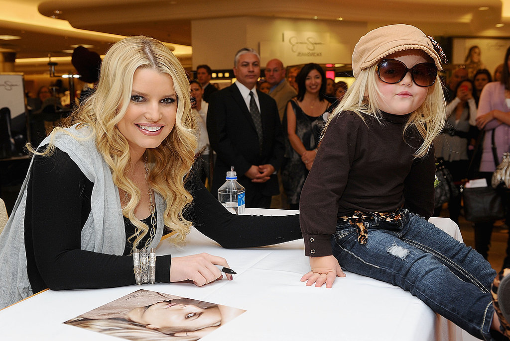 Pictures of Jessica Simpson's Engagement Ring