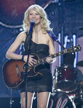 Gwyneth Paltrow to Perform on the 2010 Country Music Awards
