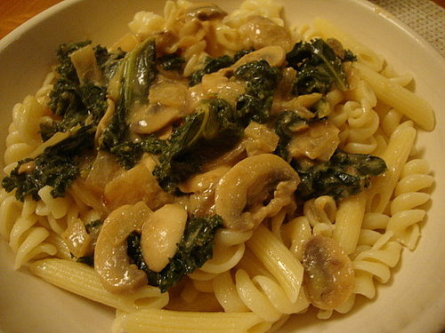 Mushroom and Kale Stroganoff