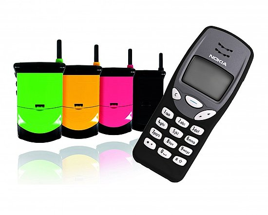 Lekki Reissues Classics Nokia 3210 and Motorola StarTAC