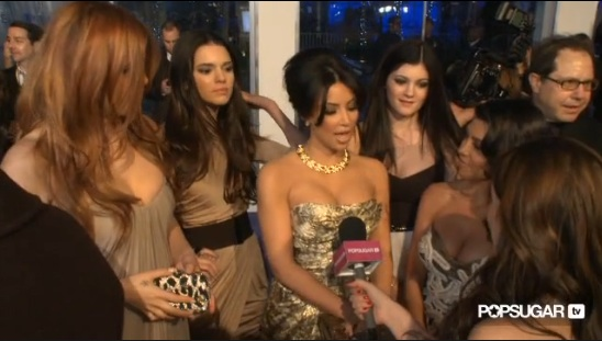 Video of Khloe Kardashian's Red Hair and Kim Kardashian and Kourtney Kardashian at the 2011 People's Choice Awards