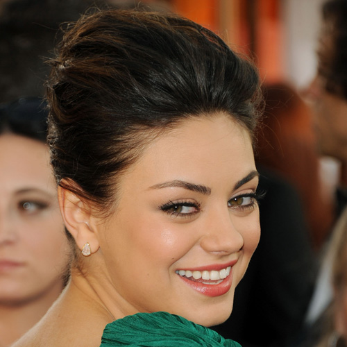 Mila Kunis at 2011 Golden Globes