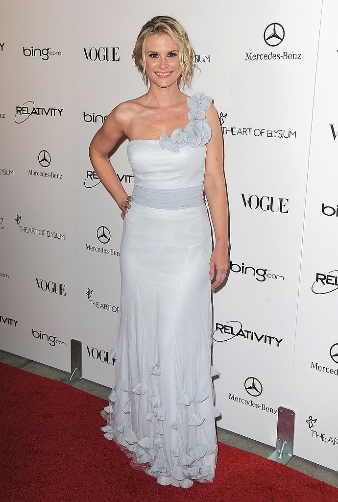 Bonnie Somerville looked heavenly in white.