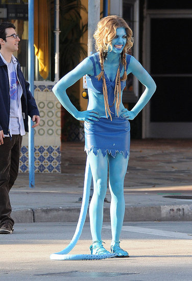 Pictures of Annalynne McCord On 90210 Set Dressed As Avatar Character