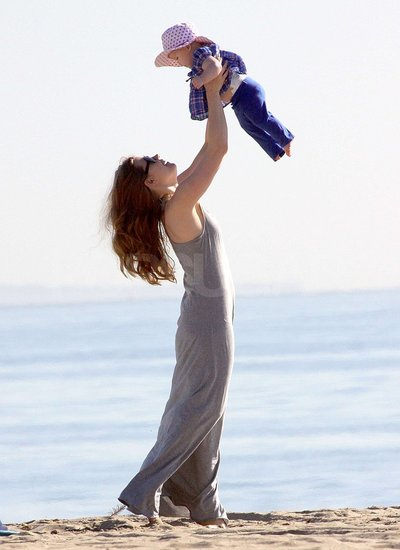 Pictures of Amy Adams, Aviana Le Gallo, and Darren Le Gallo at the Beach Ahead of Her Oscar Nomination