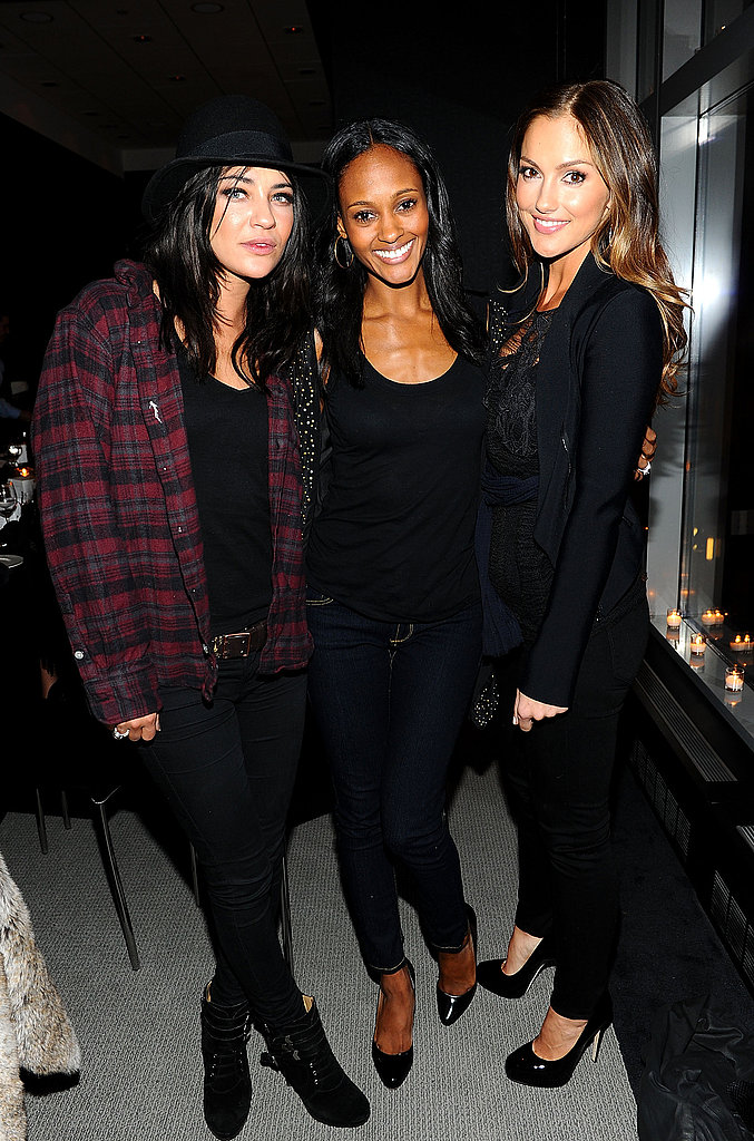 Kanye Comes Between Minka and Leighton During the Girls' Busy Roommate Day