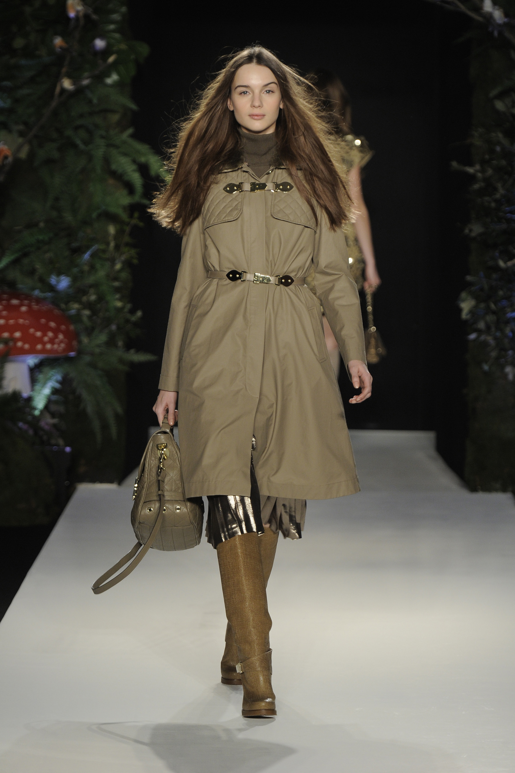 Photos of Mulberry Autumn Winter 2011 at London Fashion ...