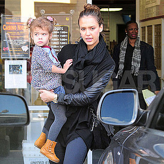 Pictures of Pregnant Jessica Alba Shopping For Home Stuff With Honor Warren