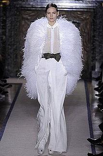 Fall 2011 Paris Fashion Week: Yves Saint Laurent 2011-03-07 16:52:18