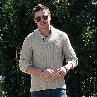 Pictures of Zac Efron Wearing Shorts in LA