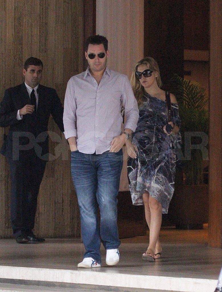Pregnant Kate Hudson Scopes Brazil on Tour With Matthew Bellamy and Muse