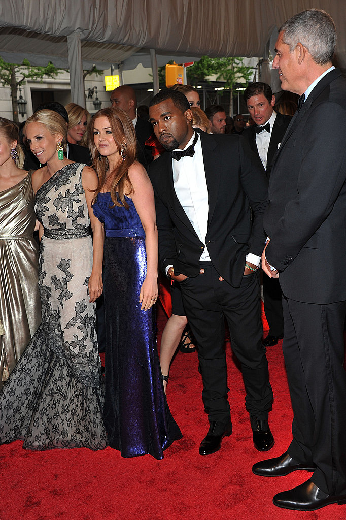 Isla Fisher and Kristen Bell Pose With Their Dress Designer, Tory Burch, at the Met Gala