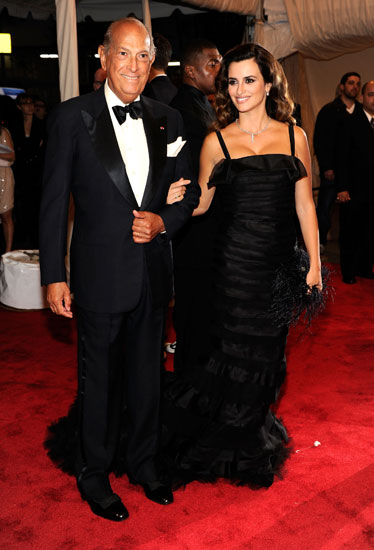 Oscar De La Renta and Penélope Cruz