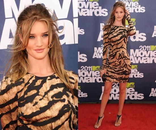 Rosie Huntington-Whiteley at 2011 MTV Movie Awards 2011-06-05 17:25:07