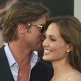 Video of Angelina Jolie and Brad Pitt Flirting on the Red Carpet