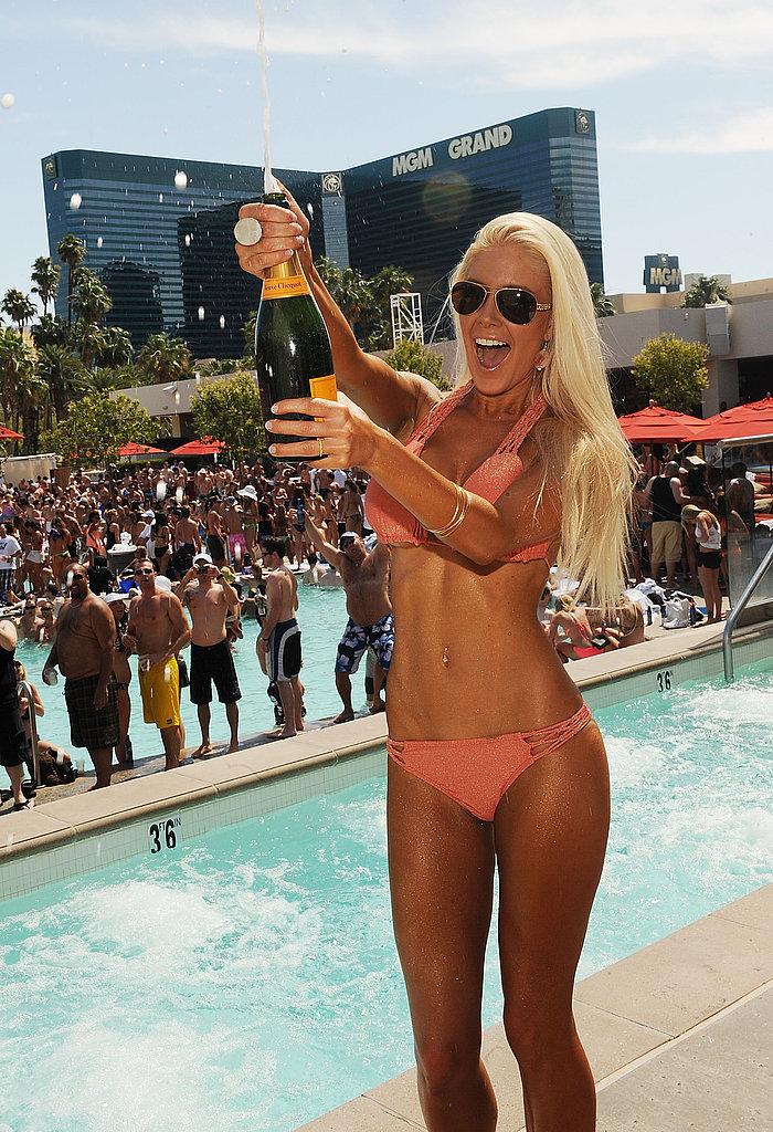 Heidi Montag Gets Back to Bikini Photo Shoots in Vegas