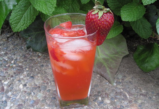 We love the effervescence of the gin berry fizz. Can you ever go wrong with strawberries and lemon?