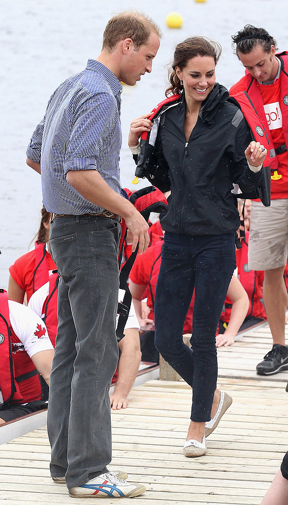 Kate Middleton and Prince William dressed down for the dragonboat race.