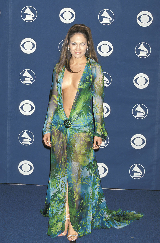 Jennifer turned heads with her memorable, cleavage-baring Versace at the 2000 Grammy Awards.