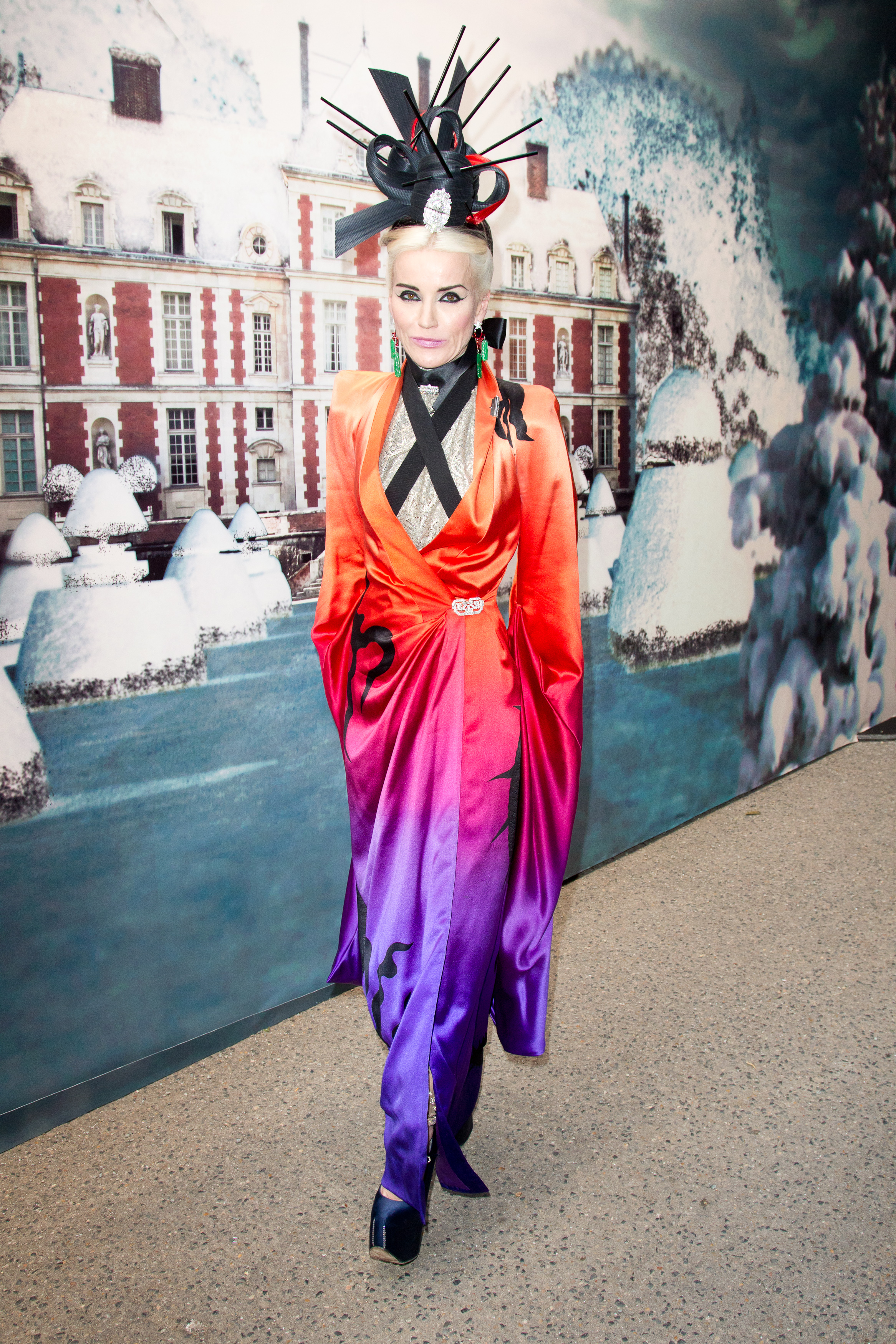 daphne guinness in alexander mcqueen preview the daphne