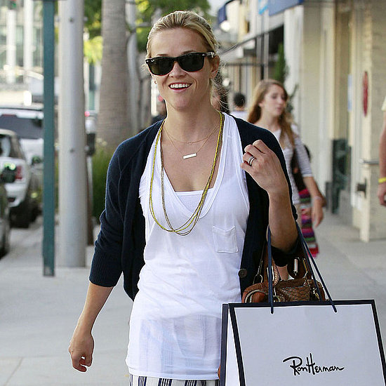 Reese Witherspoon Shopping at Ron Herman Pictures