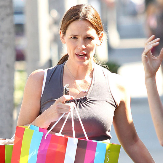 Pregnant Jennifer Garner With Seraphina at Giggle Pictures