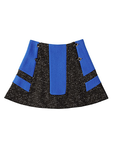 Sporty and sweet, and perfectly cozy over black tights and our favorite Fall boots. Rag & Bone Grimsby Skirt ($450)